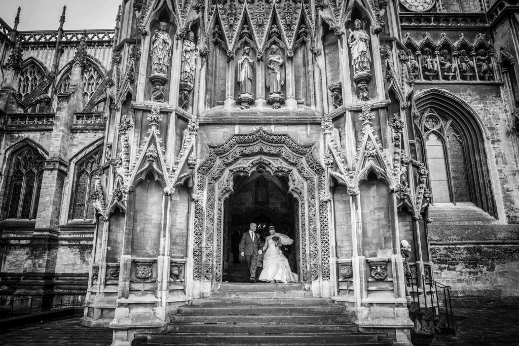 church_couple_wedding_photography